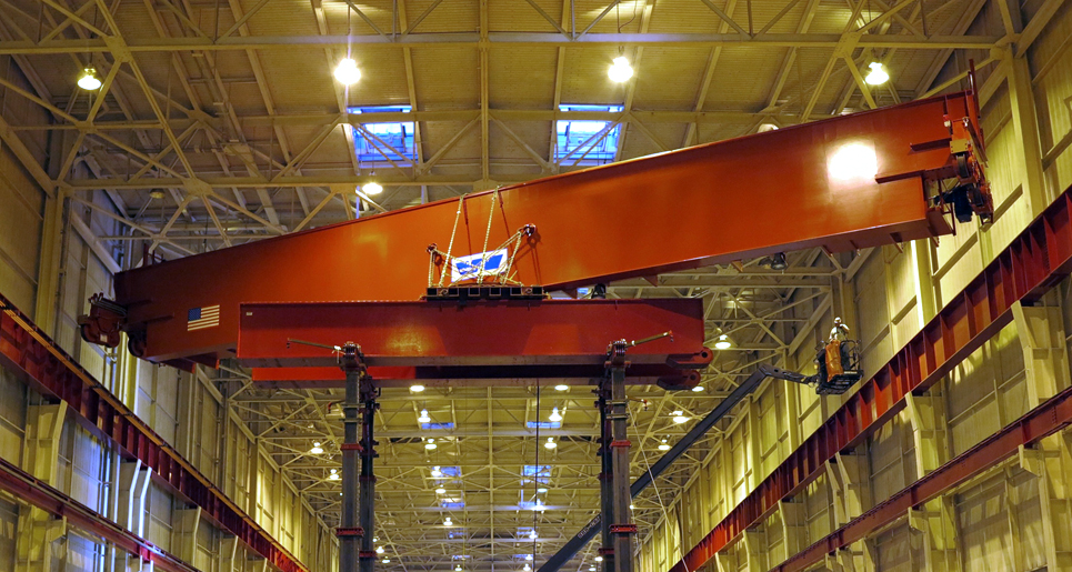 Crane lifted in nuclear pant